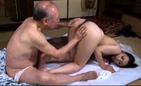 Japanese Geisha Goes To Sauna With Old Man And Pleasures Him