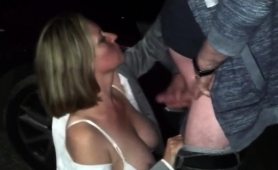 stacked-mature-blonde-gives-a-nice-blowjob-in-the-outdoors