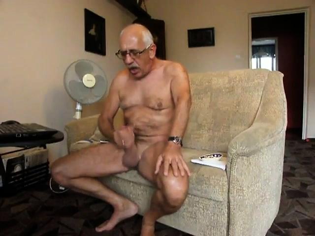 60 Old Granny Masturbate